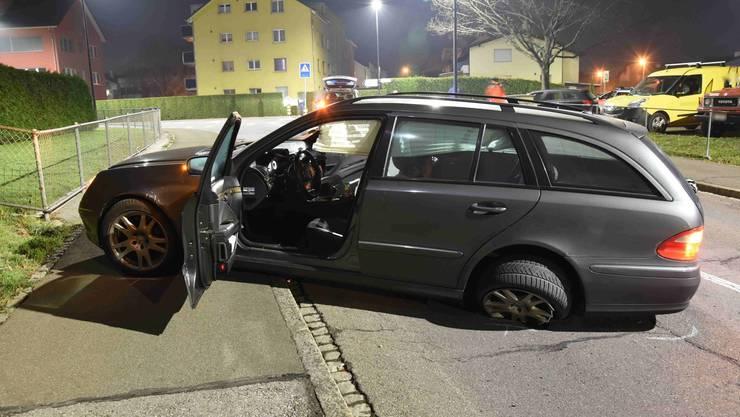Eines der beiden beschädigten Fahrzeuge.