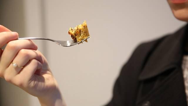 Vom Apéro bis zum Dessert: In der Umweltarena Spreitenbach werden Insekten gekocht und gegessen.