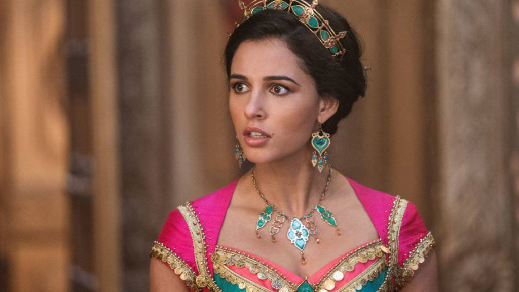 «Aladdin» führt Charts wieder an