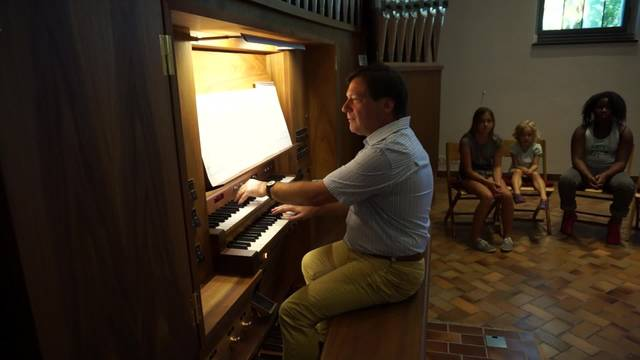 Selbst Lady Gaga funktioniert auf der Orgel