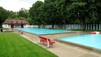 So leer wie am verregneten Mittwoch ist es selten: Bei Hitze kommen bis zu 1000 Frauen ins Frauenbad.