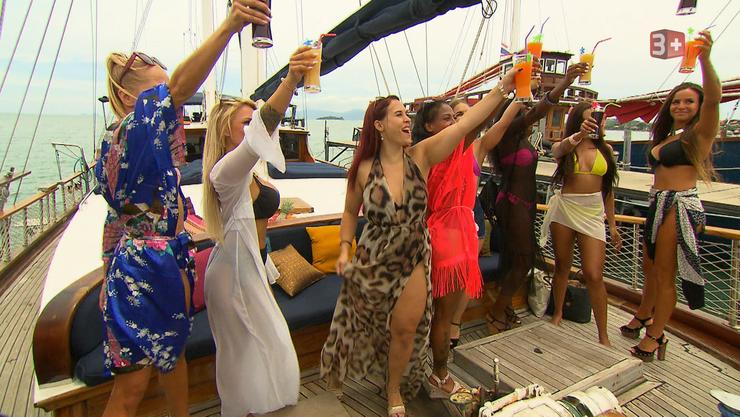 Einige Kandidatinnen durften auf einen Bootsausflug mit dem Motto «Fun, Action und Party».