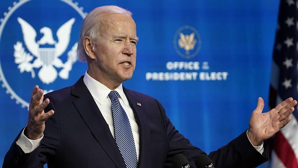 Der designierte US-Präsident Joe Biden hat den gewaltsamen Sturm des Kapitols als «einen der dunkelsten Tage in der Geschichte» der Vereinigten Staaten bezeichnet.