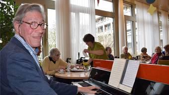 Altersheimpianist Herr Thöni.