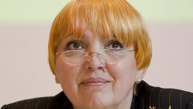 Die Chefin der deutschen Grünen, Claudia Roth, will sich im Amt halten (Archiv)