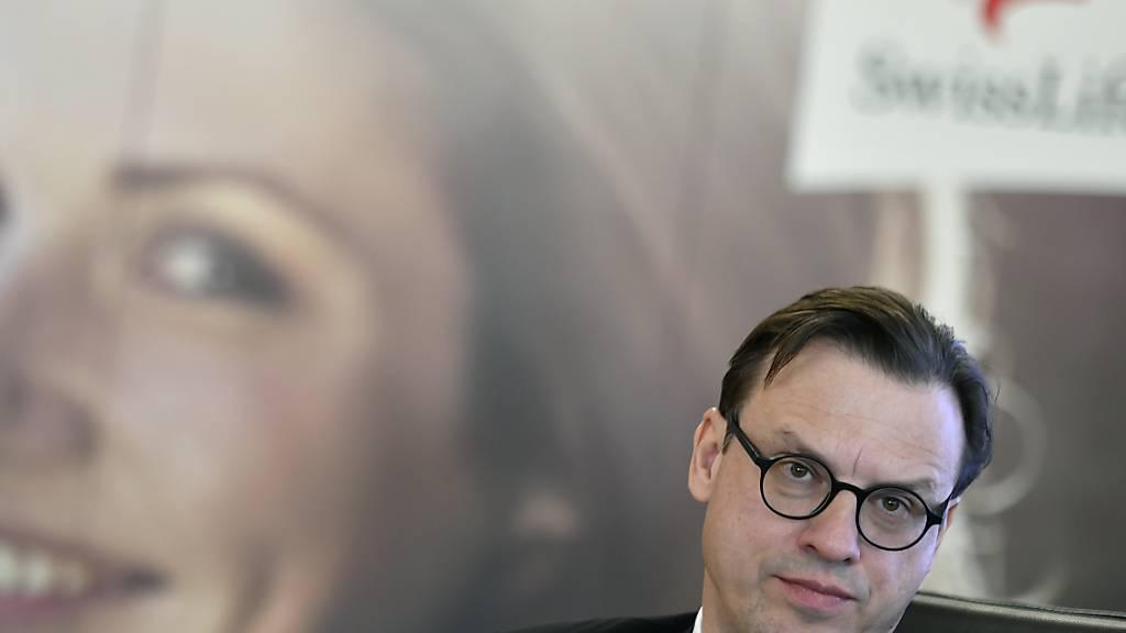 Swiss Life-Chef Patrick Frost hat im vergangenen Jahr weniger verdient. Insgesamt wurden ihm Vergütungen im Wert von 3,88 Millionen Franken zugesprochen nach 4,26 Millionen im Jahr davor. (Archivbild)