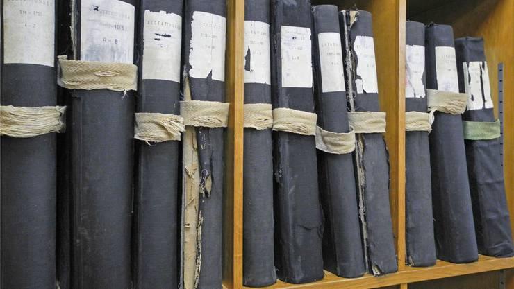 Weder online noch durchsuchbar: Die Kantonsblatt-Sammlung ab Jahrgang 1798 im Staatsarchiv.