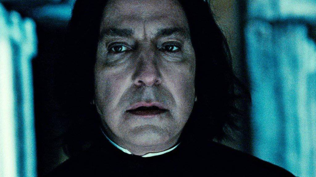 "Alan Rickman - hier als Professor Severus Snape in ""Harry Potter and the Deathly Hallows: Part 2"" - ist mit 69 Jahren an Krebs gestorben (Archiv)."