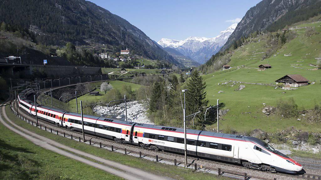 Die SBB hat die letzten ETR 610 Neigezüge ausgeliefert bekommen - damit verkehren nun 19 Züge diesen Typs auf den Nord-Süd-Verbindungen zwischen der Schweiz und Italien.