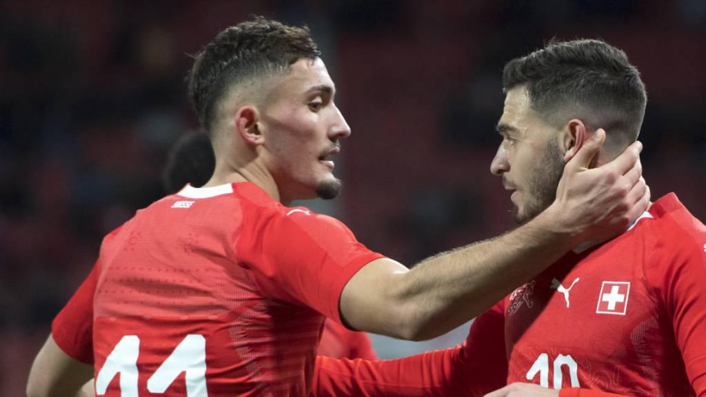 Schweiz schlägt Frankreich im Spitzenduell