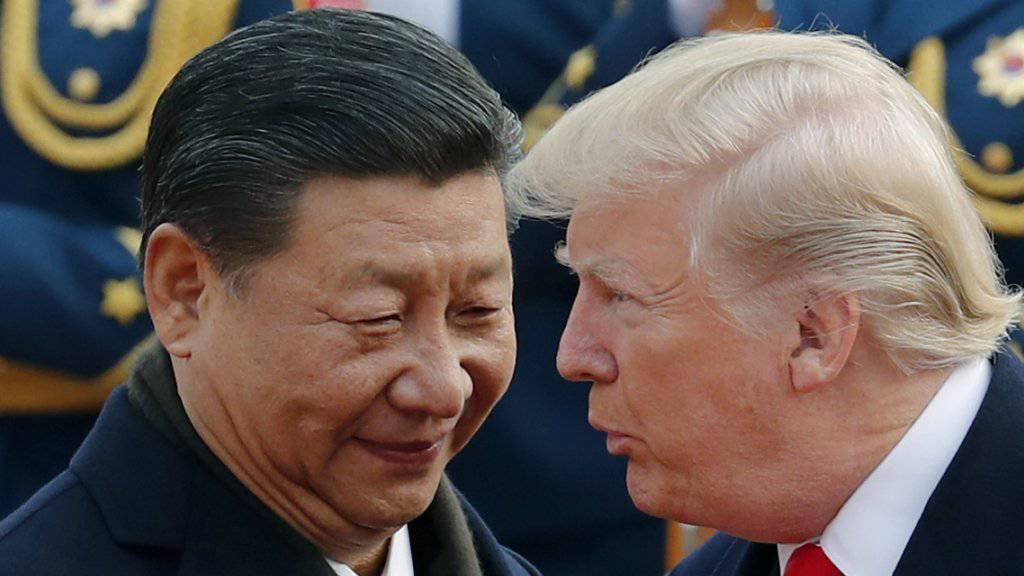 US-Konzerne warnen erneut vor US-Strafzöllen: Alle Hoffnung für eine Lösung im Handelsstreit liegt nun auf einem Treffen zwischen US-Präsident Donald Trump und Chinas Präsident Xi Jinping am Ende des Monats. (Archivbild)