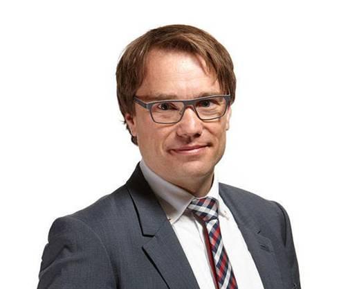 Der Politologe ist Co-Leiter des Forschungsinstitutes gfs.bern. Er wohnt in Feldbrunnen.