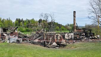 Die totale Zerstörung: Das war einmal ein Bauernhaus