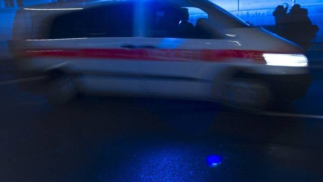 Die Polizei musste den Albertunnel für rund drei Stunden sperren (Symbolbild, Archiv)