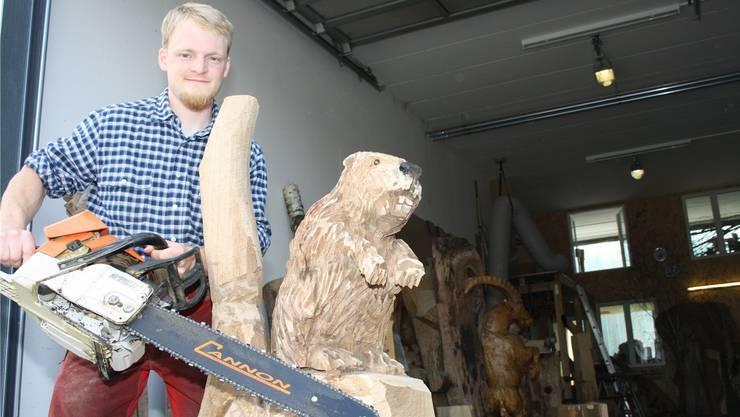 Lukas Senn sägte mit seiner Motorsäge einen Biber. «Es war mein erster», sagt er.