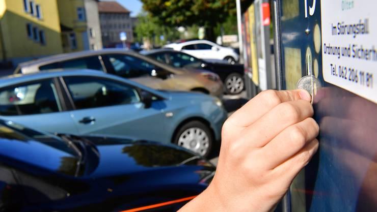 Das Parkierungsreglement für Olten kommt nicht. (Symbolbild)