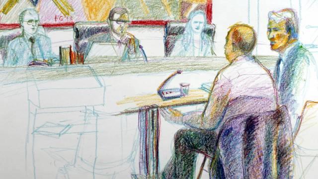 Der angeklagte Kosovare im Kantonsgericht St. Gallen (Zeichnung)
