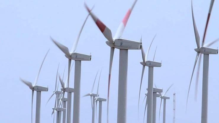 Die EBM war ursprünglich davon ausgegangen, dass mit dem Windpark in Liesberg der Strombedarf von 4500 Haushalten hätte abgedeckt werden können. (Symbolbild)