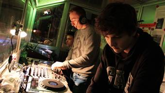 Seit 16 Jahren führt die Jugendarbeit zusammen mit Jugendlichen die «Ice-Disco» durch.