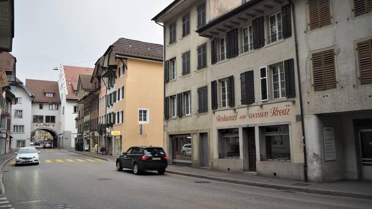 Das «Weisse Kreuz» in der Mellinger Altstadt.
