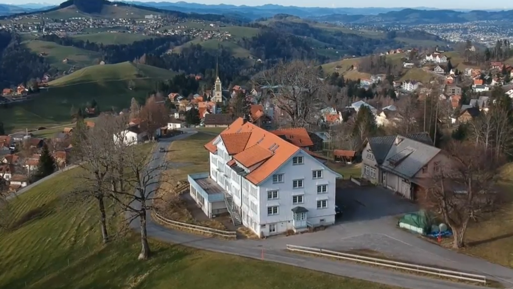 Gastronom kauft Altersheim «Ob dem Holz»