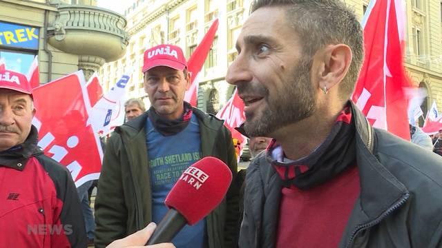 700 Bauarbeiter demonstrieren für Rentenalter 60