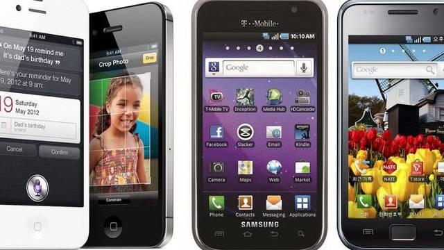 Zwei Apple-Produkte (links) und zwei Produkte von Samsung: Apple fordert im Patentstreit über 2,5 Mrd. Dollar Schadenersatz (Symbolbild)