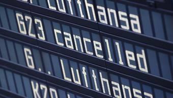 Die am Donnerstag begonnenen Streiks der Flugbegleitergewerkschaft Ufo bei Lufthansa sind beendet - allerdings kommt es noch zu Verspätungen und Flugausfällen. (Archivbild)