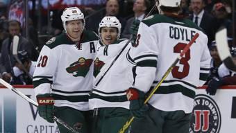 Die Spieler von Minnesota freuen sich über wichtige Punkte im Kampf um den Playoff-Einzug