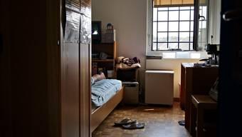 Ein verwahrter Straftäter kommt erst wieder raus, wenn von ihm keine Gefahr mehr ausgeht. Viele von ihnenwerden bis ans Lebensende hinter Gittern bleiben.