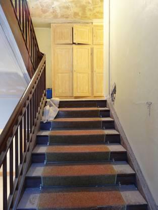 Das Treppenhaus ins Obergeschoss