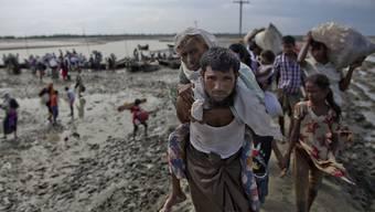 Rohingya-Flüchtlinge aus Myanmar auf der Flucht nach Bangladesch. (Archivbild)