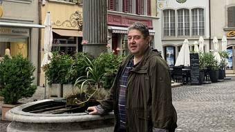 Marcel Lüscher in der Rathausgasse, wo am Wochenende ein grosser Publikumsaufmarsch erwartet wird.