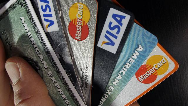 Kreditkarten locken Internet-Betrüger an (Symbolbild)