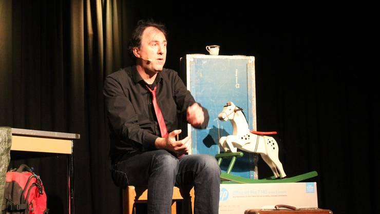 Der Kabarettist anlässlich seines Auftritts im Kleintheater Grenchen am 1. März