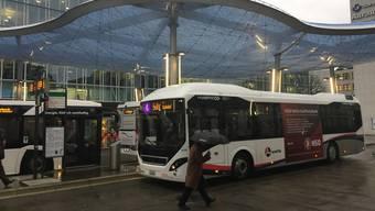 Bus am Bahnhof Aarau (Symbolbild)
