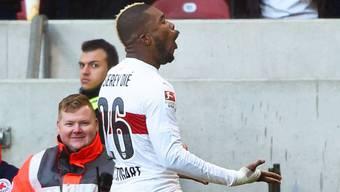 Geoffrey Serey Die jubelt über sein Tor für Stuttgart gegen Hertha Berlin