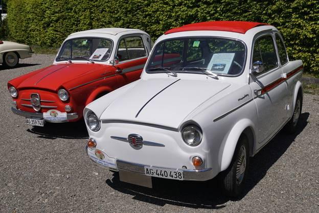 Von den NSU Fiat 500 (orange, Jahrgang 1960 und weiss, Jahrgang 1962) gibt es weltweit noch ca. 40 Fahrzeuge.
