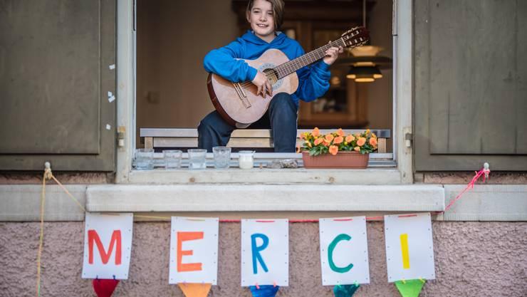 Das Balkon-, Fenster- und Gartenkonzert der Musikschule Solothurn fand am Freitagabend, um18 Uhr statt.