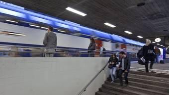 Bald fährt ein Zusatz-Zug durchs Furttal. (Archiv)