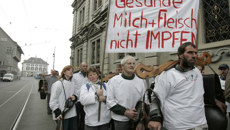Aufmüpfige Impfgegner: Bauern demonstrierten im März vor dem Kantonsrat. (Bild: S. Meier)