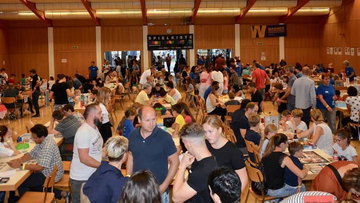 Der Kuspo-Saal war voller spielfreudiger Besucher.