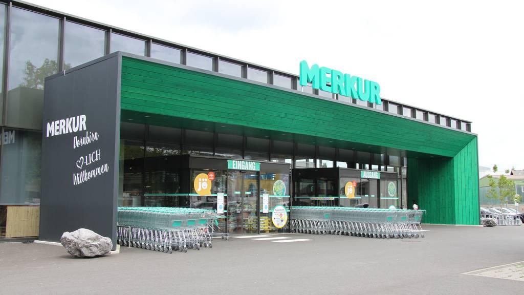 In dieser Merkur-Filiale wurden Lebensmittel nach Ablauf des Haltbarkeitsdatums weiterverkauft.