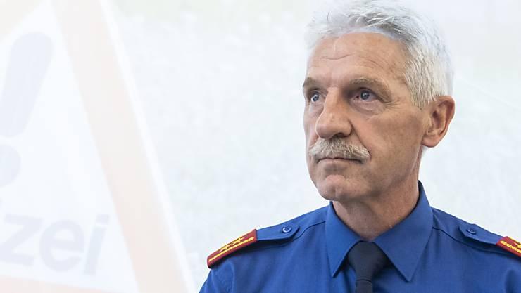 Bruno Keller, Kommandant der Kantonspolizei Zürich, bleibt wegen der Corona-Pandemie über das ordentliche Pensionsalter im Amt. (Archivbild)