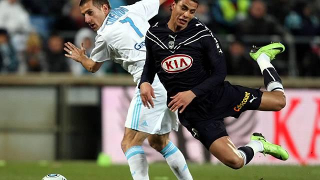 Cheyrou (links) im Zweikampf mit Bordeaux-Pechvogel Chamakh