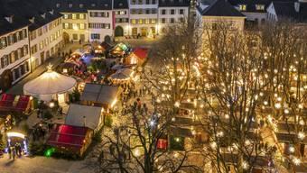 Der diesjährige Weihnachtsmarkt wird wieder zahlreiche Besucher nach Basel locken. (Archivbild)