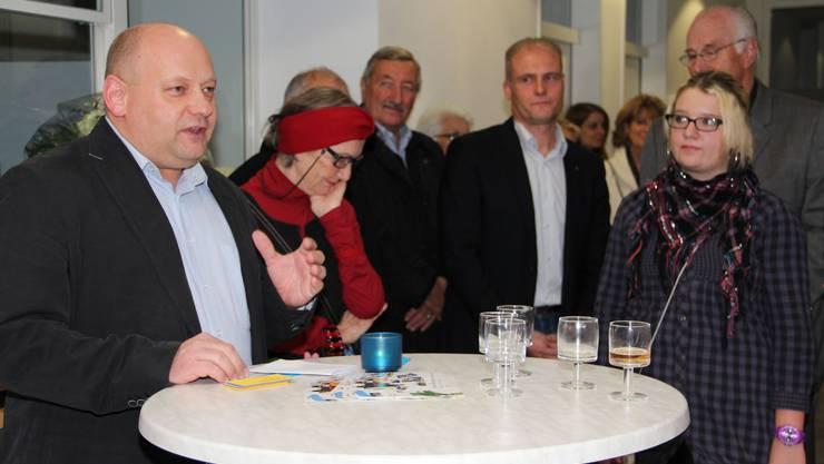 Der amtierende Gemeindeammann Valentin Schmid hofft dass die Kunst eine ansteckende Wirkung hat