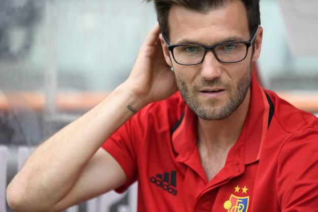 L'entraineur du FC Basel Raphael Wicky lors de la rencontre de football de Super League entre le FC Sion et le FC Bale ce dimanche 27 aout 2017 au stade de Tourbillon a Sion. (KEYSTONE/Laurent Gillieron)