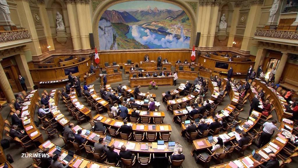 Nach Frauenstreik: Bald Nagelprobe im Bundeshaus