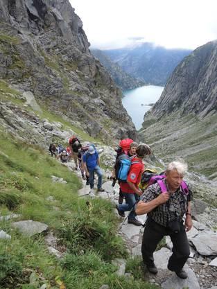 Strenger Aufstieg über den Lungenstutz zur Gelmerhütte hoch